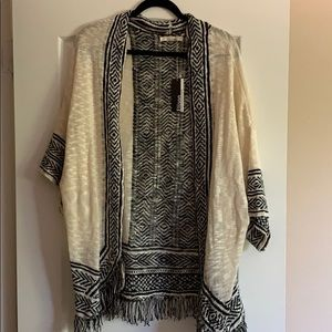 BRAND NEW beautiful black and cream kimono